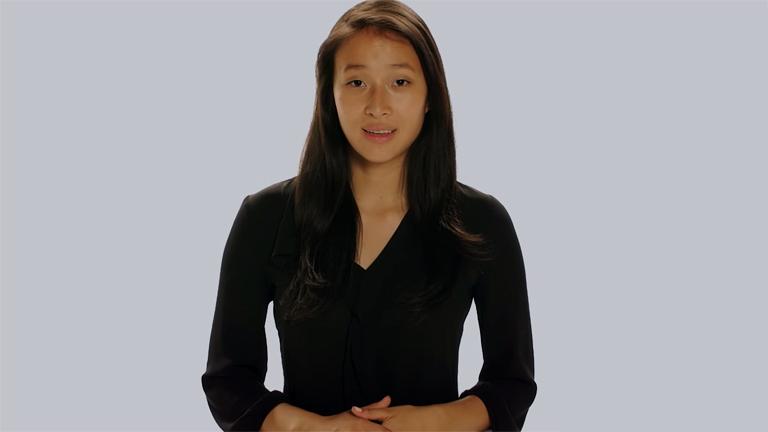 Nadya Okamoto 18 évesen már egy globális jótékonysági szervezetet vezet (Fotó: www.camionsofcare.org)