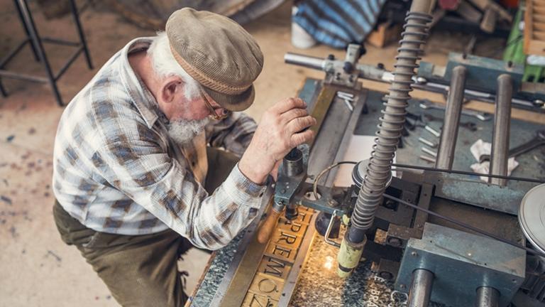 Egyre többen küzdenek egészségügyi problémákkal nyugdíj előtt