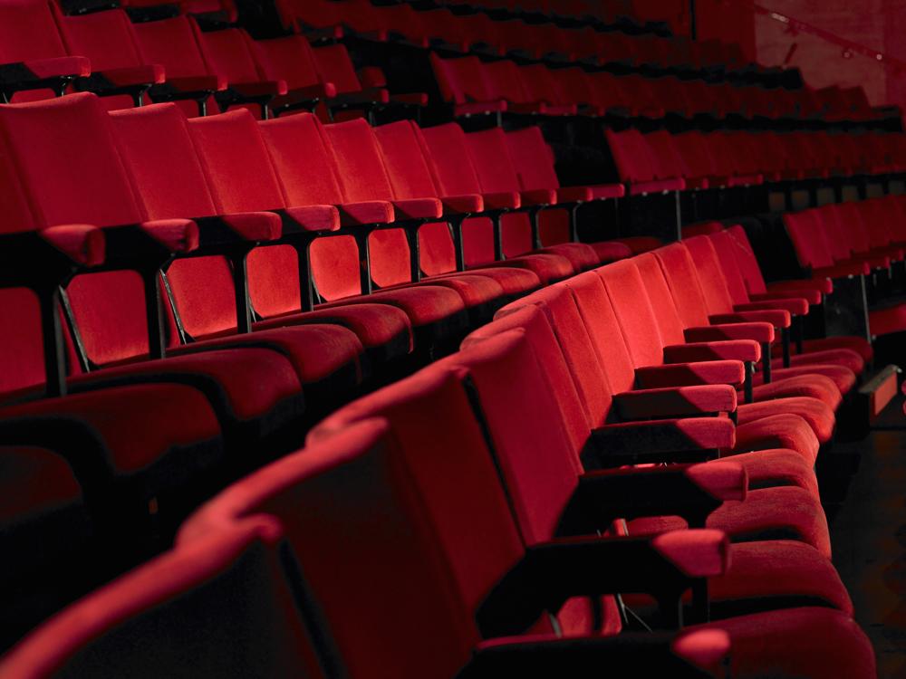 Karácsonyi legendák és Gellérthegyi álmok - ezt nézzük a színházban decemberben