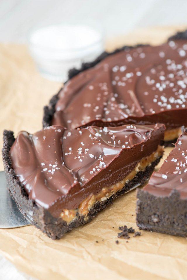 Pekándiós-sós karamellás csokis pite