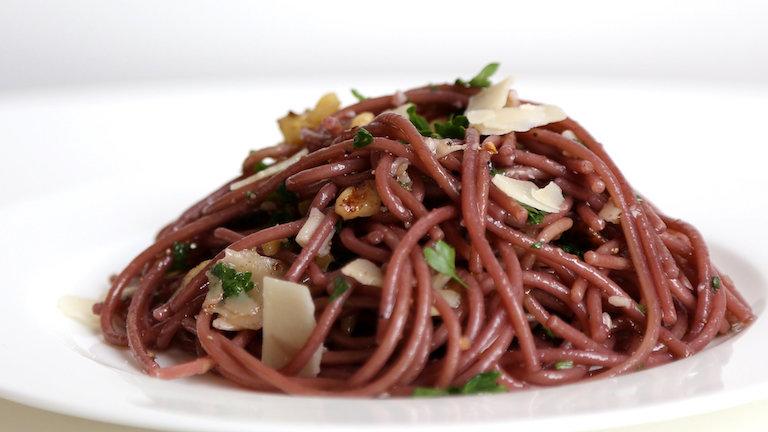Próbáld ki te is a vörösborban főtt spagettit!