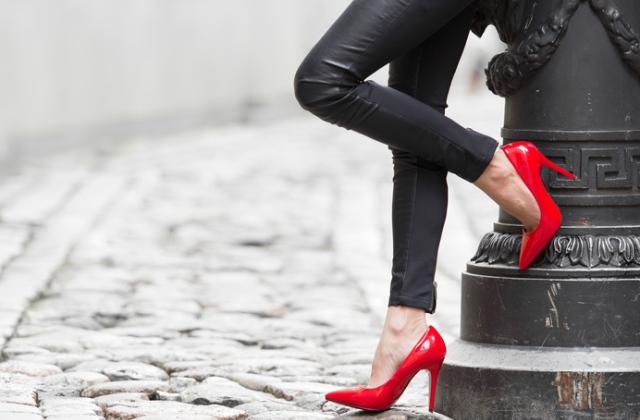 Szegedi ügyvédet is gyanúsítanak a prostitúciós üggyel