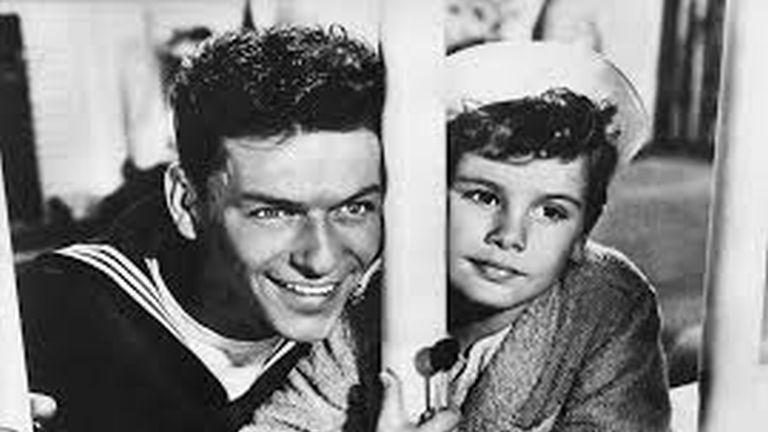 Ez történik ma, Frank Sinatra szülinapján