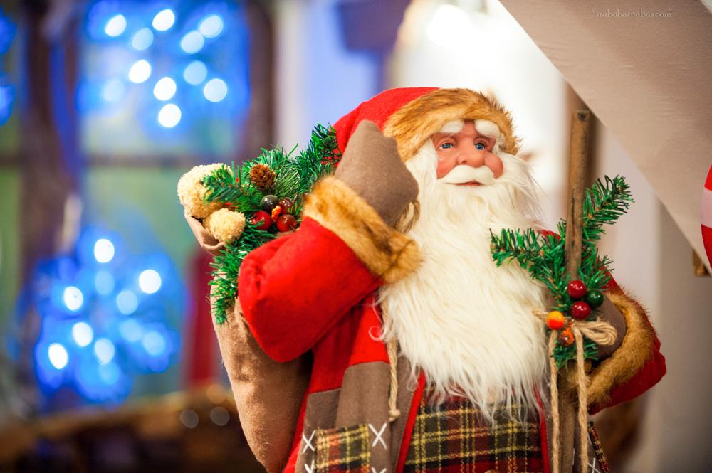 Ilyen lehet a mikulás főhadiszállása - a gödöllői Karácsonyházban jártunk