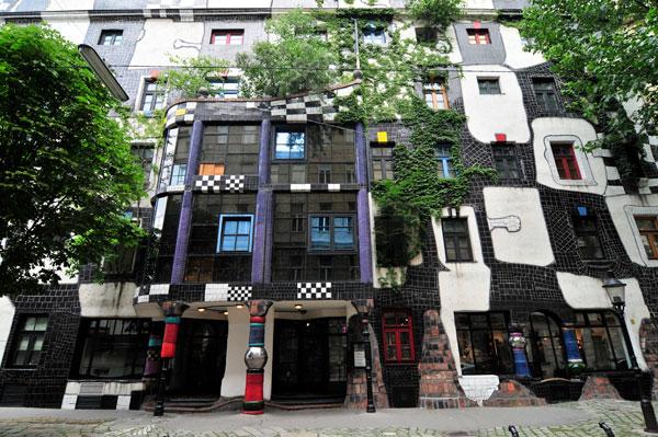 Az egyenes vonal istentelen - 88 éves lenne Hundertwasser