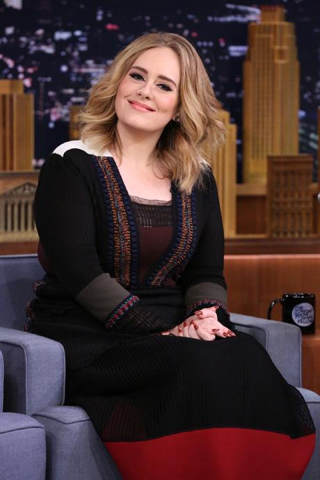Rihannát sosem lehetne Adele-lel egy lapon emlegetni – sztárok a stílusbarikád két oldaláról