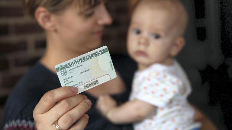 Néhány számon bukhat el a családi adókedvezmény