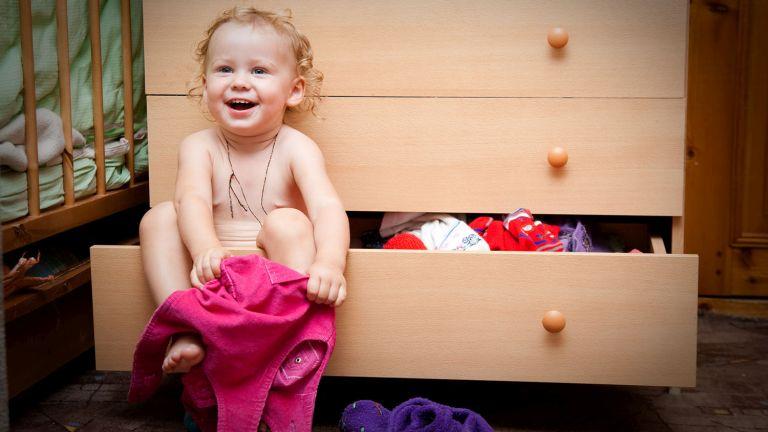 12 fontos mérföldkő, amit a babák 18 hónapos korukra elérnek