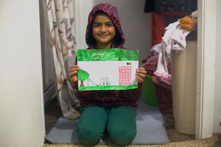 Menekült gyerekek rajzolták le, mik szeretnének lenni, ha felnőnek