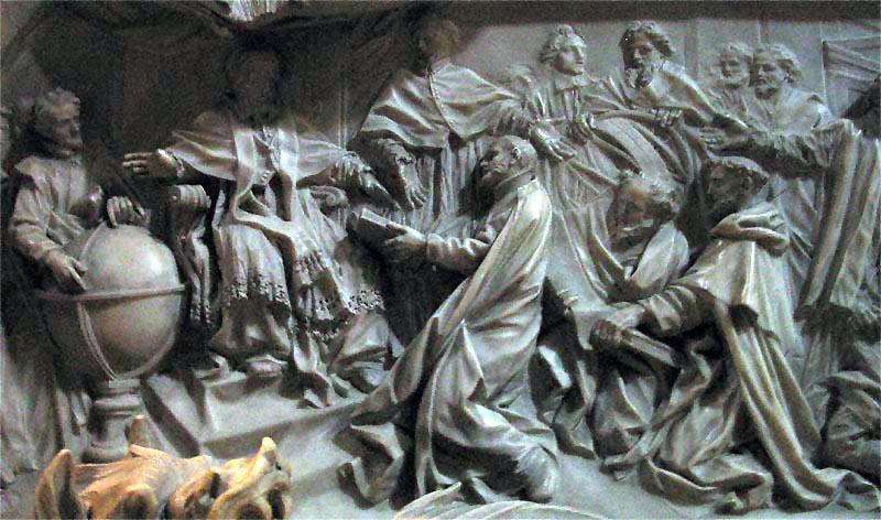 XIII. Gergely síremlékének részlete, amelyen a pápa átveszi az elkészített naptárat (Wikipédia)