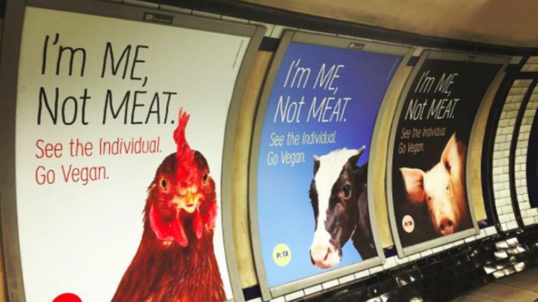 A londoni metróban minden reklámot kicserélt a PETA