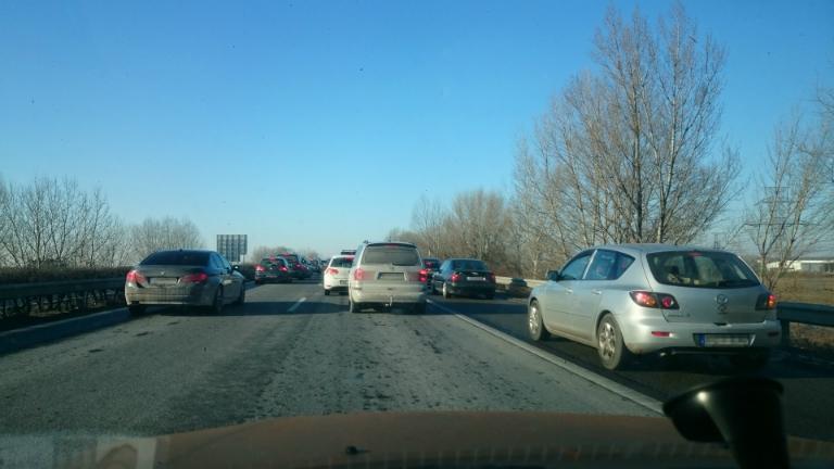 2016. január 8-án az M1-es autópálya leállósávja (is)/Fotó: Jámbor Eszter
