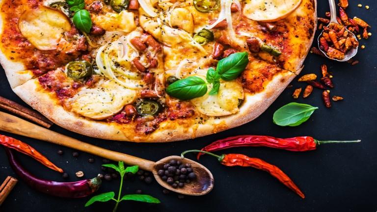 Fűszeres pizzatészta recept – Gyerekjáték elkészíteni