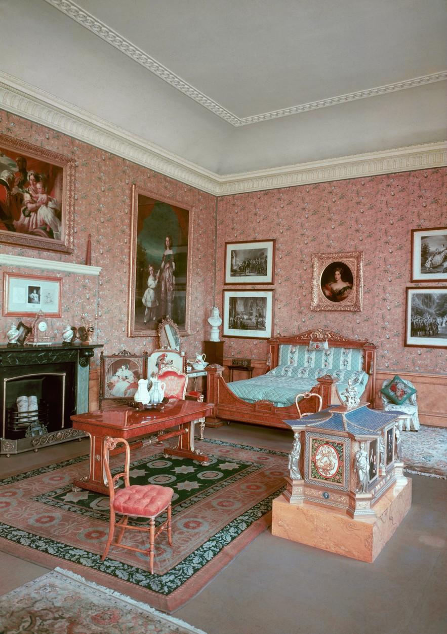 Viktória királynő egykori hálója a Kensington Palotában