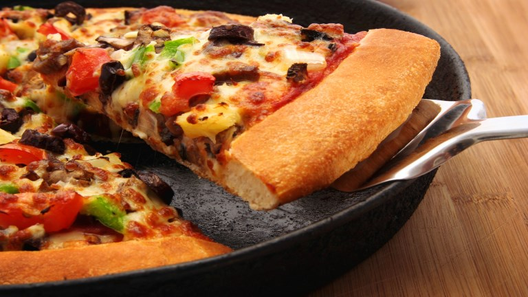 Vastag pizzatészta, az amerikai módi