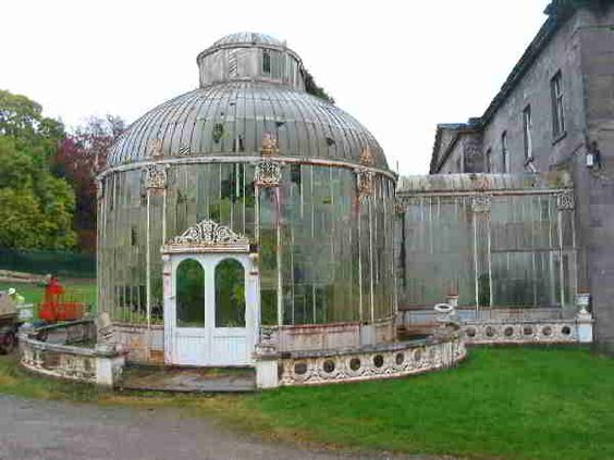 Ezt a meseszép ír üvegházat szerencsére nemrég gyönyörűen felújították és most egy exkluzív luxushotel vendégeit várja délutáni teára.