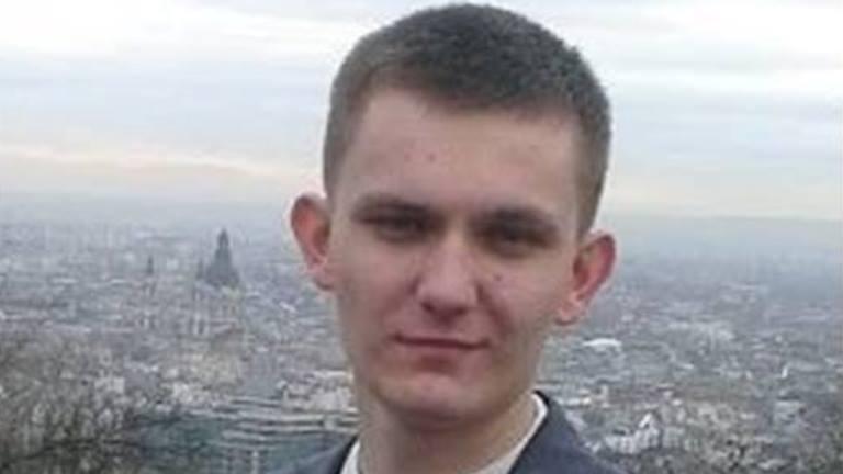 23 éves férfi fogy)