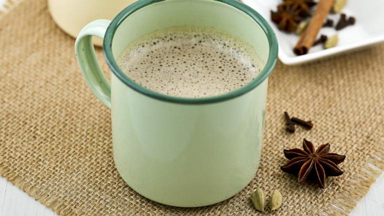 Mennyei kókuszos chai latte, amit otthon is elkészíthetsz