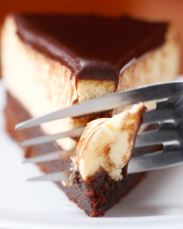 Kihagyhatatlan csokis-brownie-s sajttorta