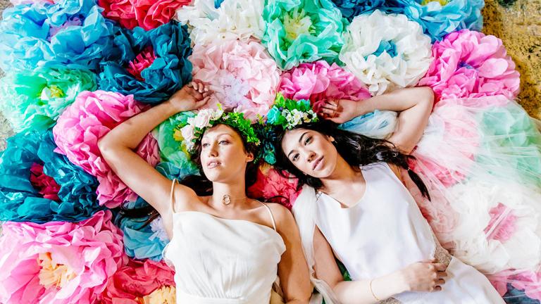 Leszbikus esküvői szex