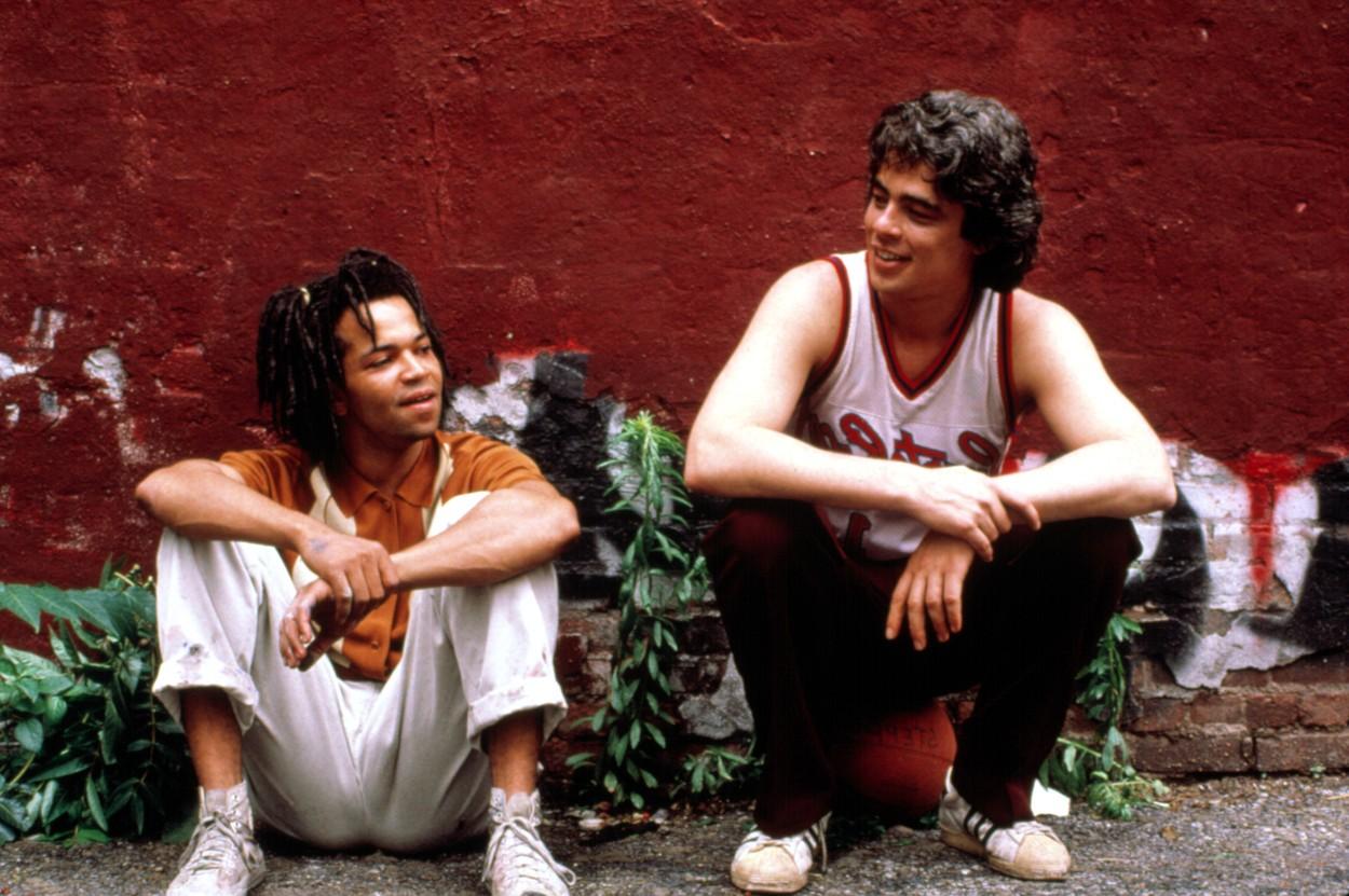 Jeffrey Wright és Benicio Del Toro a graffiti királya c. filmben (1996)