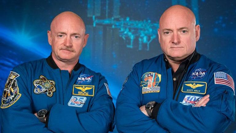 Balra Mark, jobbra Scott Kelly (Fotó: NASA)