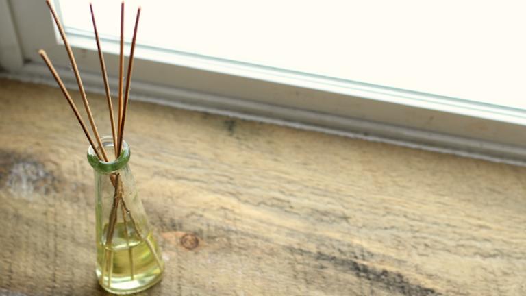 DIY: egyszerű házi illóolaj-párologtató, amitől az egész lakás illatozni fog
