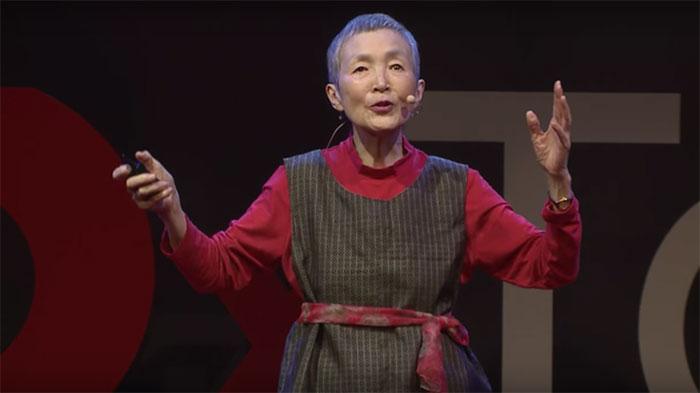 81 évesen tanult eg programozni, és már játékot is fejlesztett az idős nő
