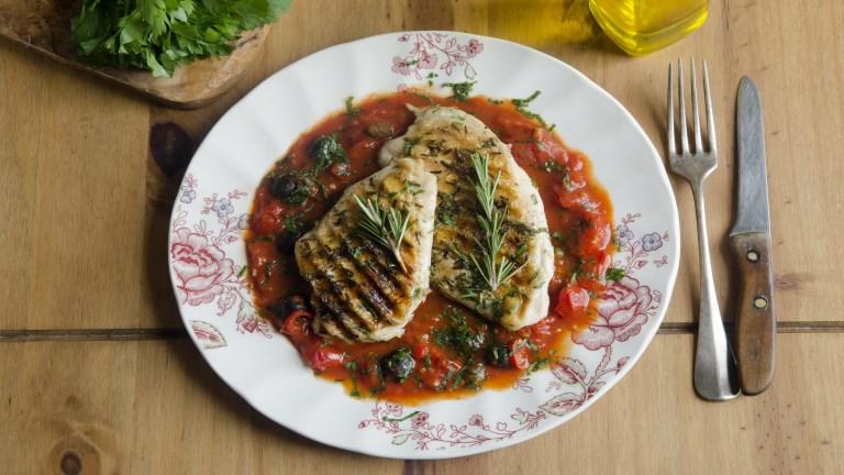 A 4 legjobb dolog, ami a csirkével történhet – Csirkemell receptek