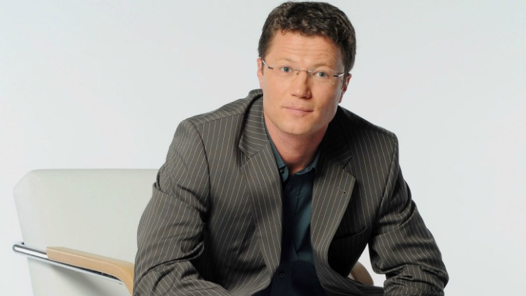 Stohl András veheti át Sebestyén Balázs helyét a Class FM-en