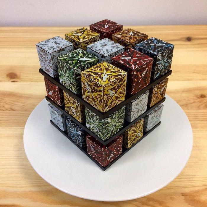 Elképesztő Rubik-kocka tortákat készít egy francia cukrász