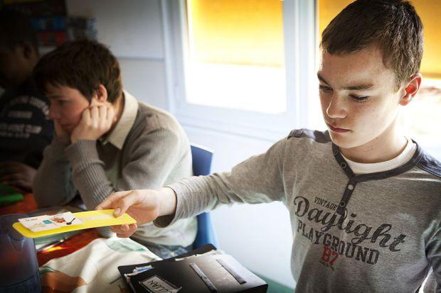 Makaton: a kártyák, amikkel az autisták beszélhetnek