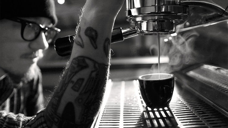 Egy kis csésze is nagyot üt, egy egész bögre már túl sok is (Fotó: Tumblr)