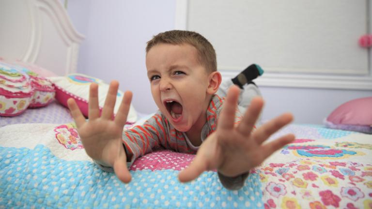 Komment -cunami  a hülye gyerekekről  és a hülye szüleikről