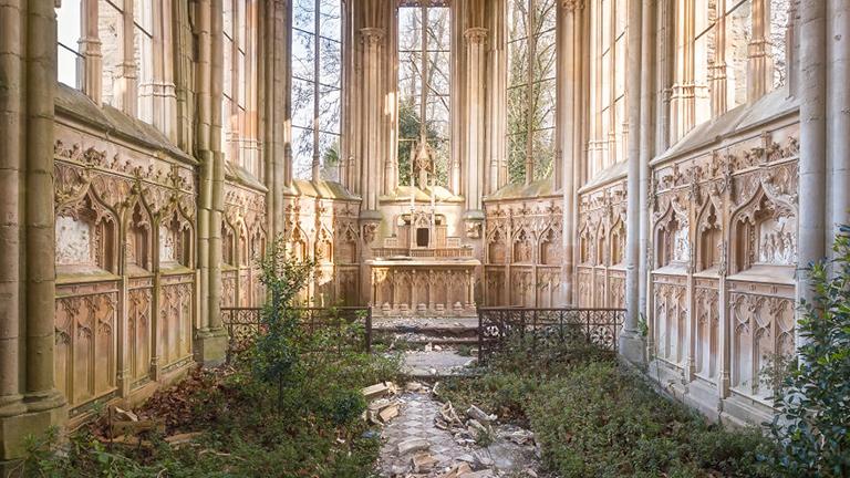 Már csak Isten maradt ezekben a templomokban