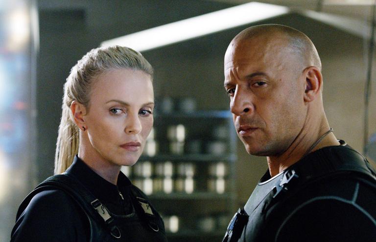 Charlize Theron és Vin Diesel
