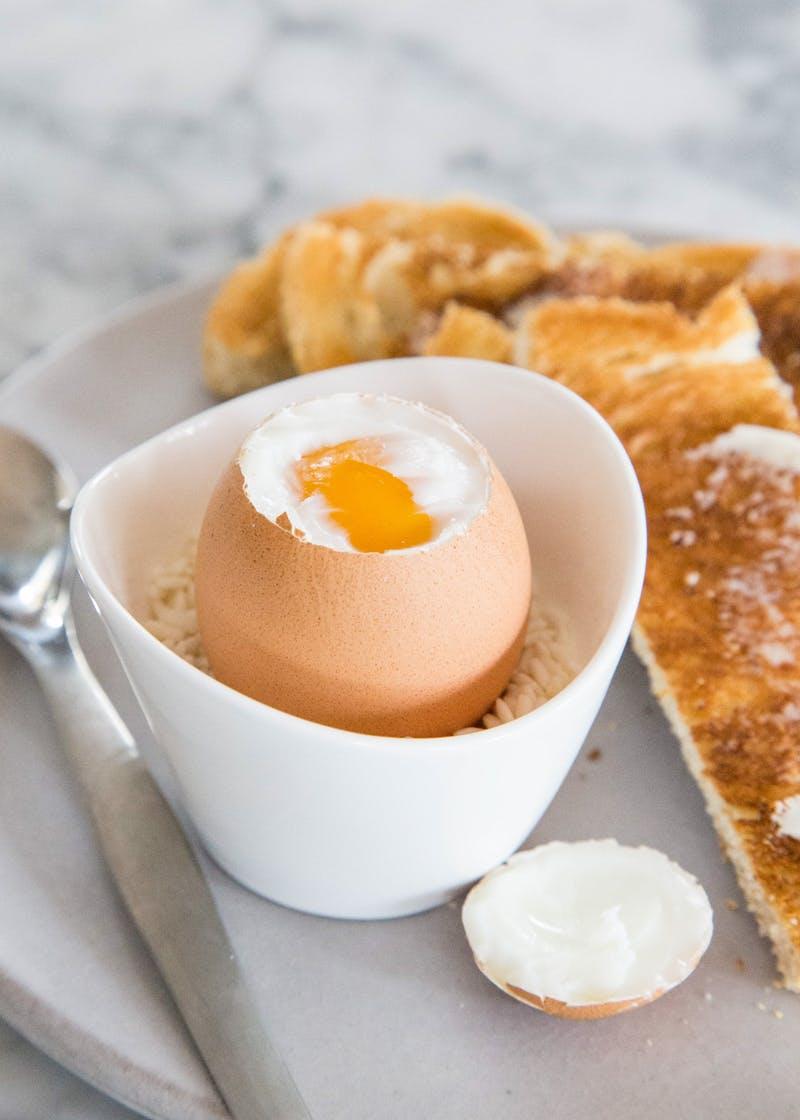 Te hogy eszed a tojást? Árulkodik a személyiségedről!
