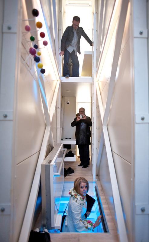 A világ legkeskenyebb háza alig nagyobb egy liftaknánál