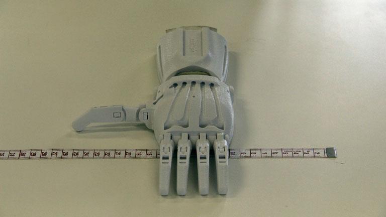 Akár távmunkában is készülhetnek a 3D-nyomtatott kezek (Fotó: e-NABLE Magyarország/Facebook)