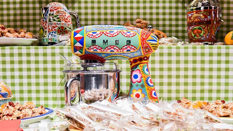 A Dolce&Gabbana konyhai kiegészítőket dobott piacra