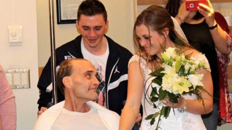 Pár órán belül a lánya esküvőjét és a fia diplomaosztóját is láthatta a halálos beteg orvos