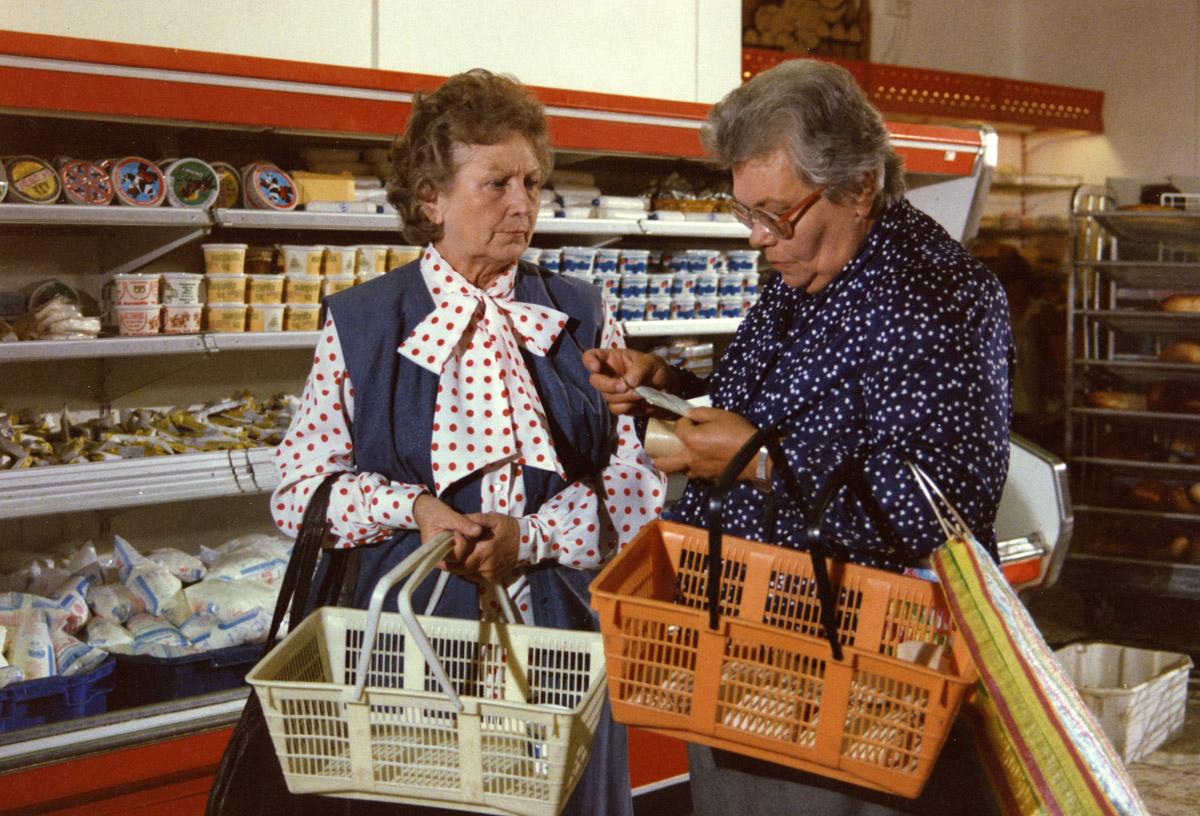 Kínai áruház lett Lenke néni ABC-jéből - A Szomszédok helyszínei 30 évvel a premeir után