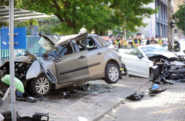 Egy fiatal férfi meghalt a hétfő délutáni súlyos balesetben