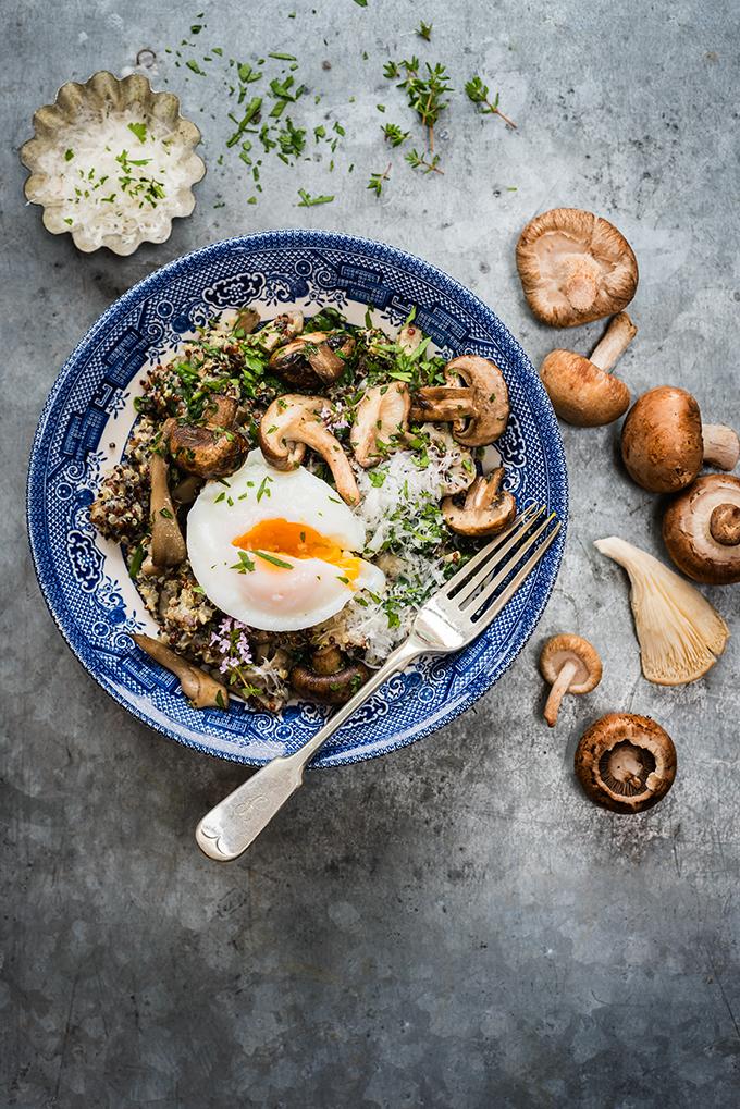 Kiadós vega ebéd: gombás-spenótos quinoarizottó