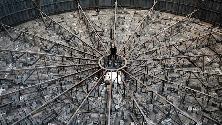 Sci-fibe illő helyszín egy elhagyott belga erőműben (Fotó: Altomán blog)