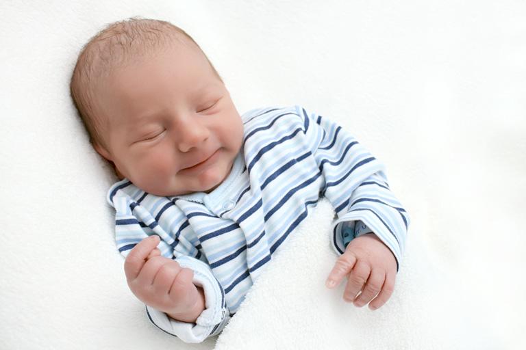 Anyunapló – egy könnyekben gazdag első nap otthon az újszülött kisfiammal