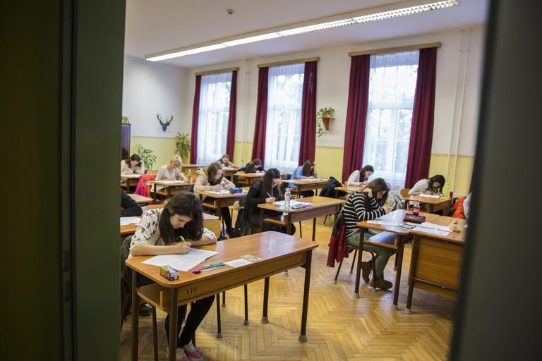 Írásbeli felvételi az Orosházi Táncsics Mihály Gimnázium, Szakközépiskola és Kollégiumban