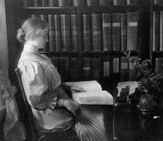 Helen Keller tanulás közben (Fotó: Getty Images)
