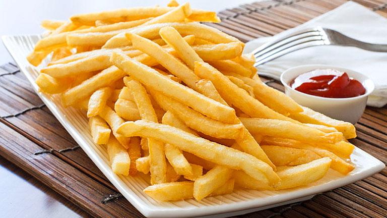 A sült krumplit ne számold bele a zöldségfogyasztásodba! (Fotó: Tumblr)
