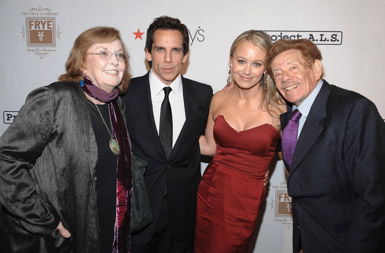 Anne Meara, Ben Stiller, Christine Taylor és Jerry Stiller (Fotó: Getty Images/Dimitrios Kambouris)